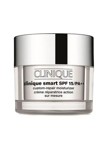Clinique Smart Moisturizer Spf 15 75 ml Renksiz